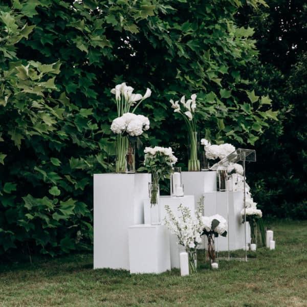 Mariage au Chateau Clair de Lune, à Biarritz - Scénographie créée sur Mesure par Pastel Créatif - Réalisation des extérieurs - Lieu de cérémonie